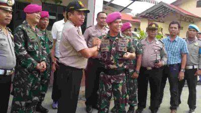 Komandan Yonmarhanlan I AL Belawan Kunjungi Polsek Hamparan Perak